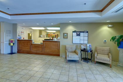 Lobby | Candlewood Suites Enterprise S
