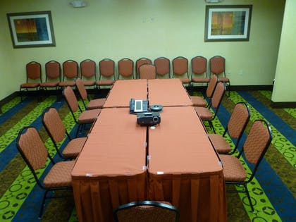 Meeting Facility | Holiday Inn Express Hotel & Suites Twentynine Palms