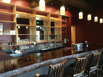 Hotel Bar | Sitka Hotel and Restaurant