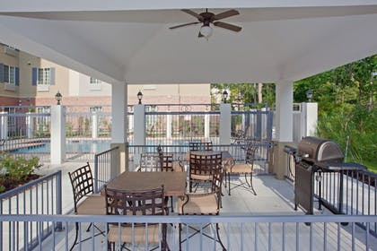 BBQ/Picnic Area | Candlewood Suites Houston (The Woodlands)