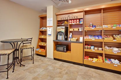 Snack Bar | Candlewood Suites Murfreesboro