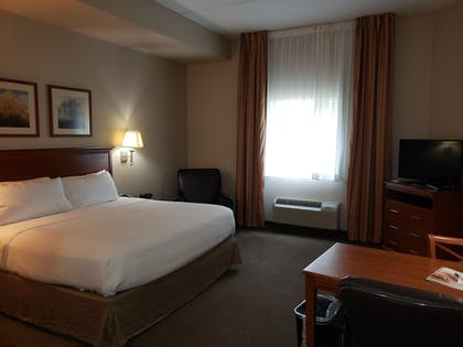 Guestroom | Candlewood Suites Murfreesboro