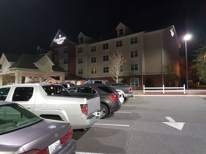 Parking | Country Inn & Suites by Radisson, Concord (Kannapolis), NC