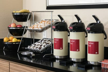 Cafe | TownePlace Suites by Marriott San Diego Vista
