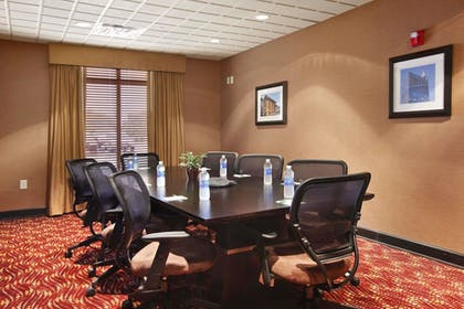 Meeting Facility | Wingate by Wyndham State Arena Raleigh/Cary