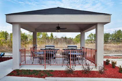 BBQ/Picnic Area   Candlewood Suites Slidell Northshore