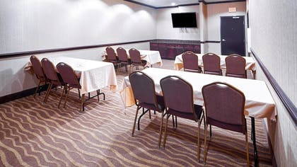 Meeting Facility   Best Western Plus Royal Mountain Inn & Suites