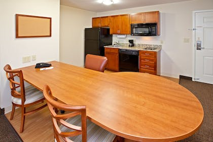 In-Room Dining | Candlewood Suites Radcliff - Fort Knox