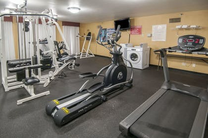 Fitness Facility | Governor's Suites Hotel Oklahoma City Airport Area