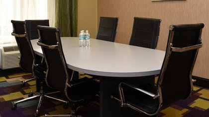 Meeting Facility | Holiday Inn Express Hotel & Suites Baton Rouge North