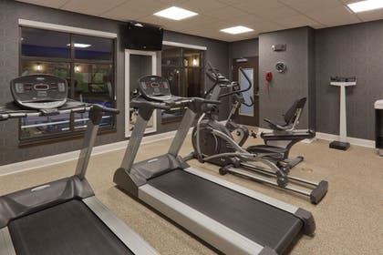 Fitness Facility | Holiday Inn Express Hotel & Suites Fulton