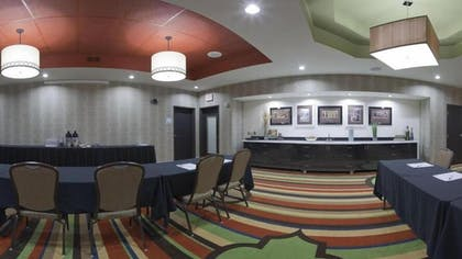 Meeting Facility | Holiday Inn Express Hotel & Suites Fulton