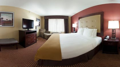 Guestroom | Holiday Inn Express Hotel & Suites Great Falls