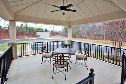 BBQ/Picnic Area | Candlewood Suites Apex Raleigh Area