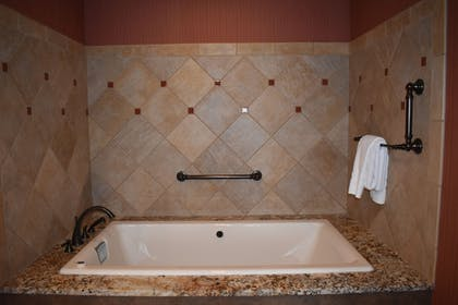 Deep Soaking Bathtub | Cherokee Casino & Hotel West Siloam Springs