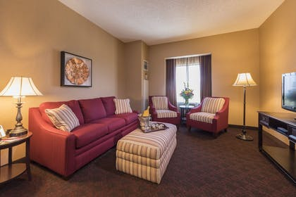 Living Area | Cherokee Casino & Hotel West Siloam Springs