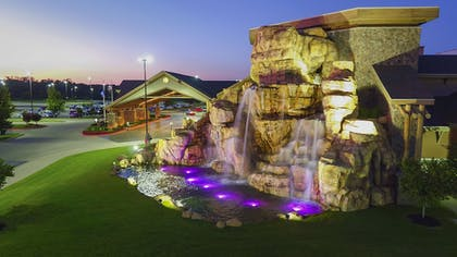 Property Grounds | Cherokee Casino & Hotel West Siloam Springs