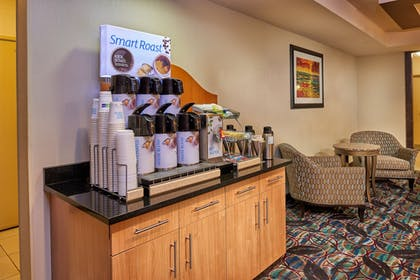 Restaurant | Holiday Inn Express & Suites El Paso Airport Area