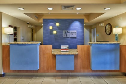 Lobby Lounge | Holiday Inn Express & Suites El Paso Airport Area