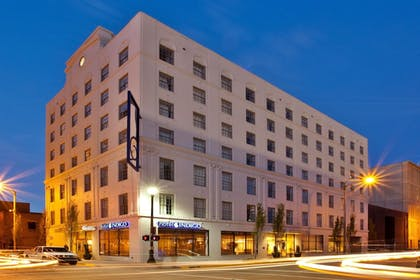 Featured Image | Hotel Indigo Baton Rouge Downtown