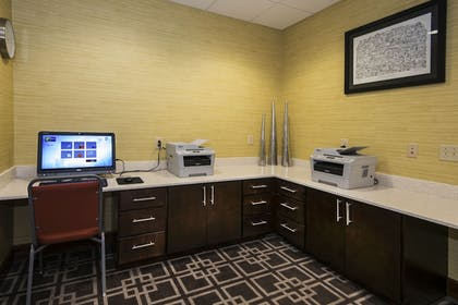 Business Center | Holiday Inn Express & Suites Conway