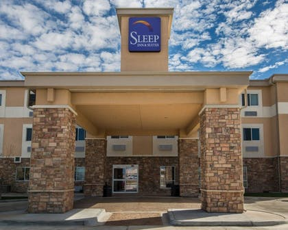 Hotel Front | Sleep Inn And Suites Colby