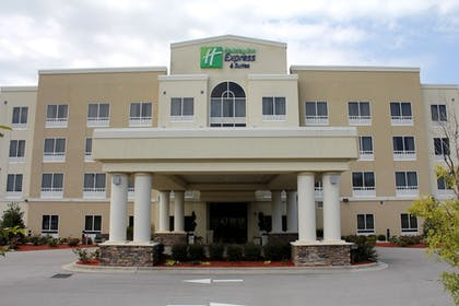 Featured Image | Holiday Inn Express Havelock NW- New Bern