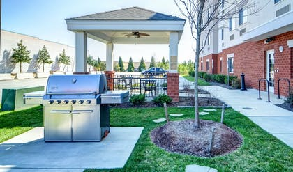 BBQ/Picnic Area | Candlewood Suites WAKE FOREST RALEIGH AREA
