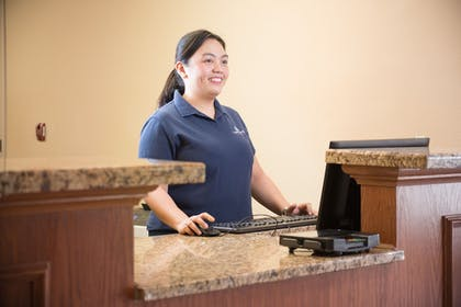 Lobby | Candlewood Suites WAKE FOREST RALEIGH AREA