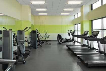 Sports Facility   Element Omaha Midtown Crossing