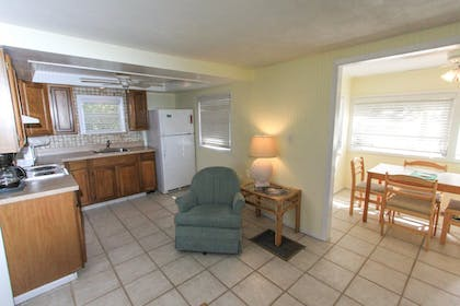 Living Area | Gulf Breeze Cottages