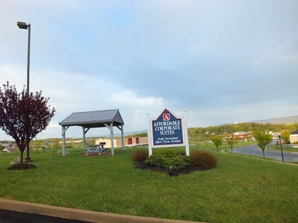 Mountain View | Affordable Corporate Suites of Waynesboro