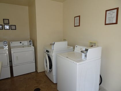 Laundry Room | Affordable Corporate Suites of Waynesboro