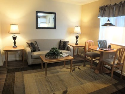 Featured Image | Affordable Corporate Suites of Waynesboro