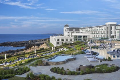 Outdoor Pool | Cliff House Maine