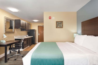 Featured Image   Hawthorn Suites by Wyndham St. Robert