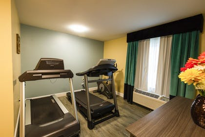 Fitness Facility | Hawthorn Suites by Wyndham St. Robert
