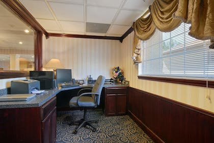Business Center | The Regal Hotel