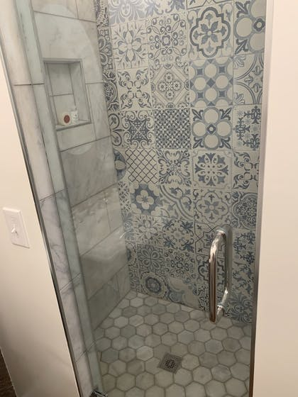 Bathroom Shower | The Kendall