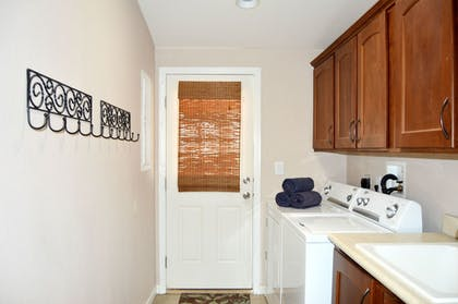 Laundry Room | Gorgeous 3BD Havasu Home with Lake View