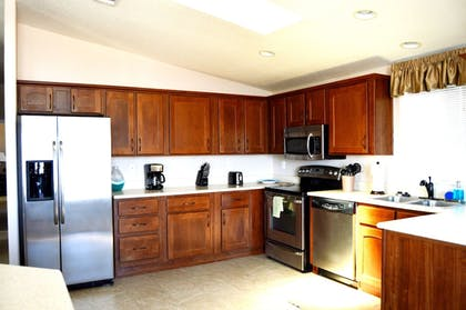 Private Kitchen | Gorgeous 3BD Havasu Home with Lake View