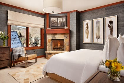 Room | Four Seasons Residences Vail