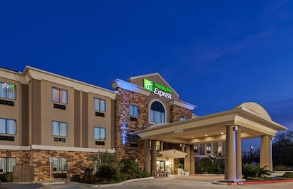Featured Image | Holiday Inn Express Cleveland