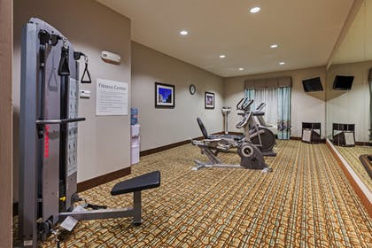 Fitness Facility | Holiday Inn Express Cleveland