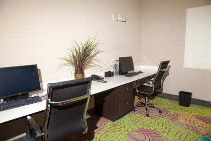 Business Center   Holiday Inn Express & Suites Port Lavaca