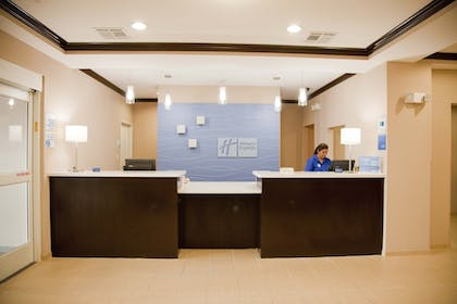 Featured Image   Holiday Inn Express & Suites Port Lavaca