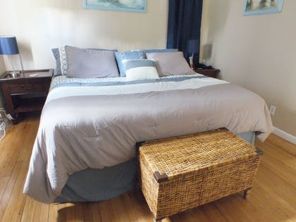 Guestroom | Holiday Isle Yacht Club