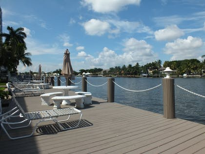 Sundeck | Holiday Isle Yacht Club