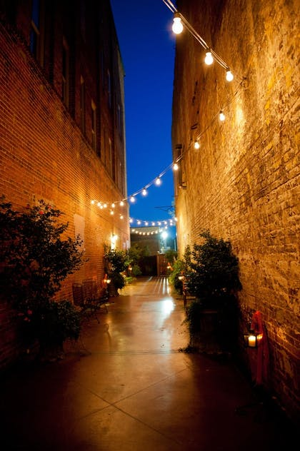 Property Grounds | The Bleckley Inn