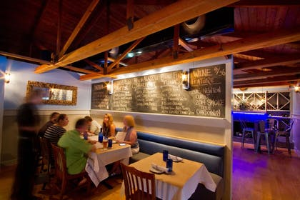 Restaurant | The Inlet Sports Lodge